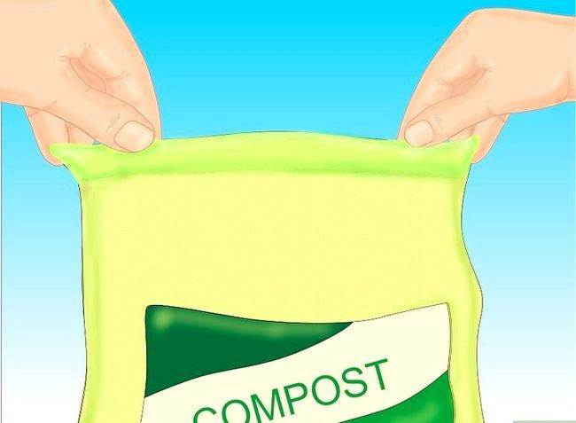 Titel afbeelding Add Compost to Plants Step 1