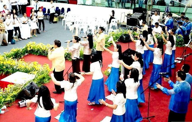 Titel afbeelding Become a Pentecostal Christian Step 2