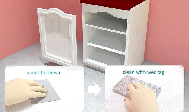 Hoe je je witte kasten een oud uiterlijk kunt geven