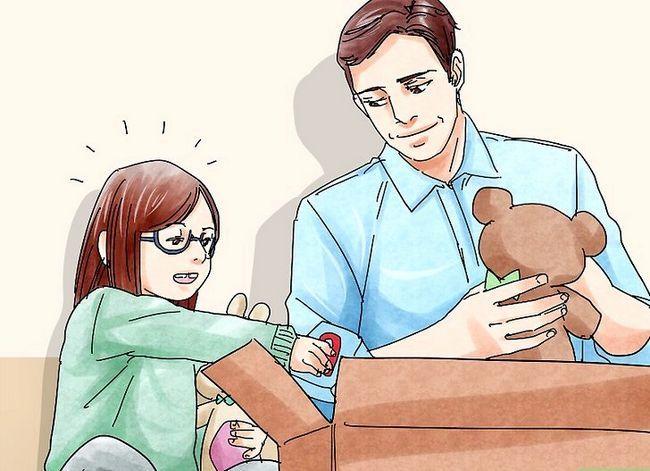 Titel afbeelding Develop Social Skills in Children Step 12