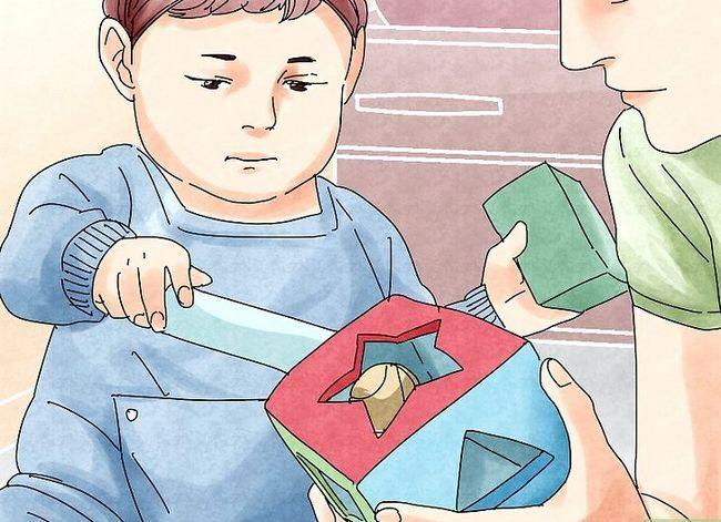 Titel afbeelding Develop Social Skills in Children Step 4