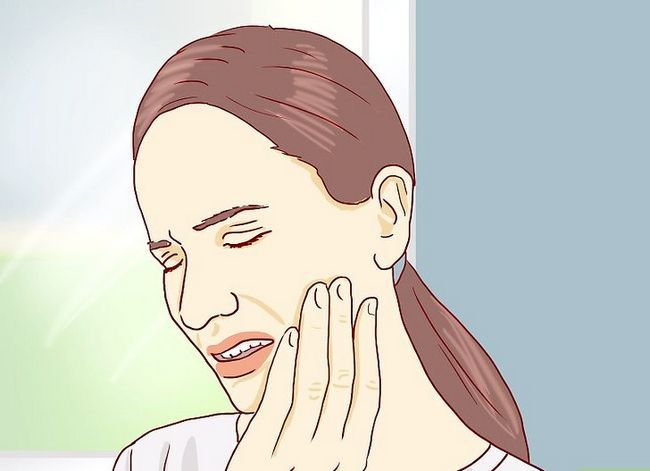 Titel afbeelding Tell Between an Erupting and Impacted Wisdom Tooth Step 3