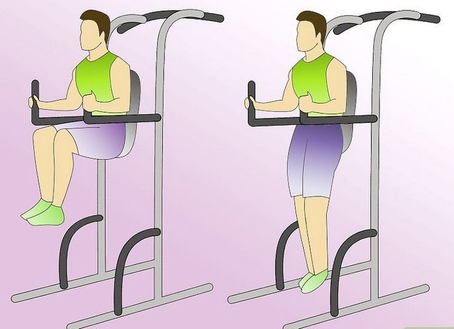 Titel afbeelding Work Abdominals With the Captain`s Chair Step 3