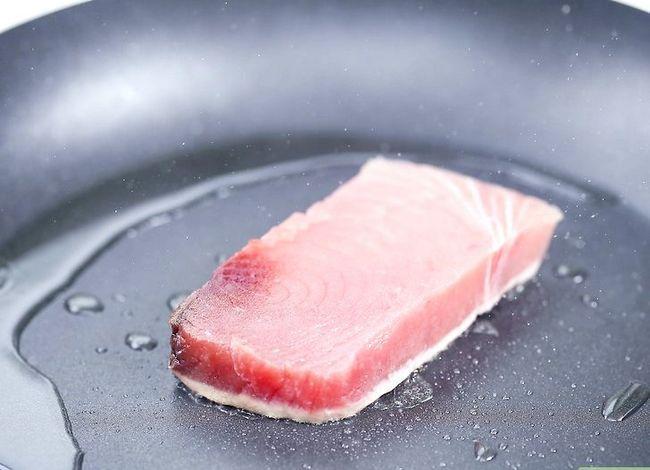 Titel afbeelding Make Tuna Salad Step 12