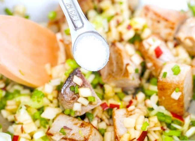 Titel afbeelding Make Tuna Salad Step 17