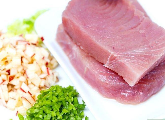 Titel afbeelding Make Tuna Salad Step 10