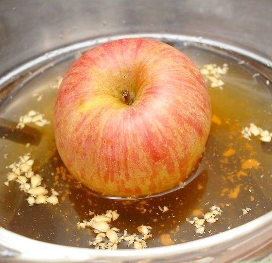 Titel afbeelding Make Wormy Apples Step 5