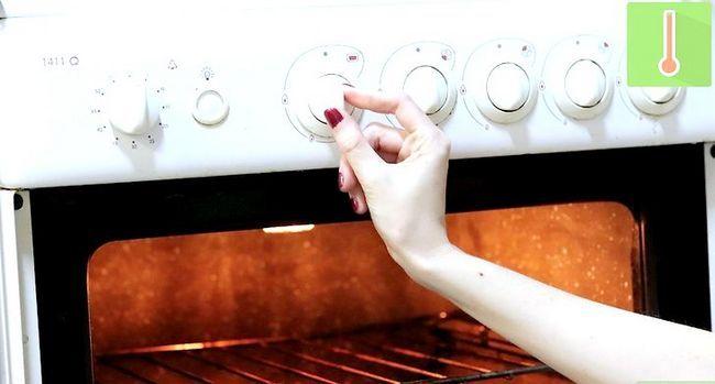 Titel afbeelding Make Garlic Bread Step 1