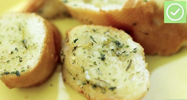 Titel afbeelding Make Garlic Bread Step 6