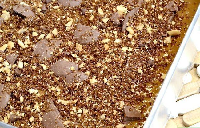 Titel afbeelding Make a Chocolate Chip Coffee Cake Stap 7