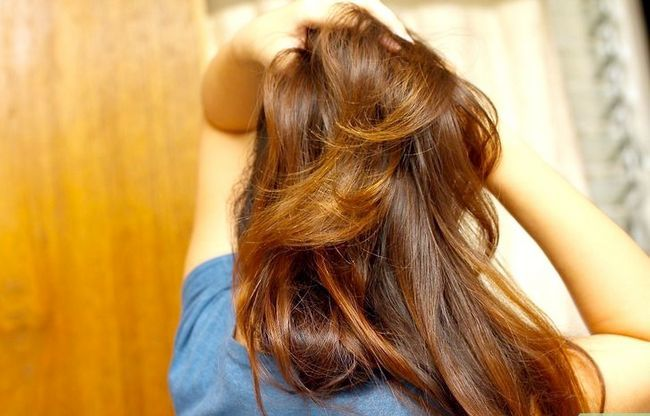 Titel afbeelding Control Your Hair Step 4