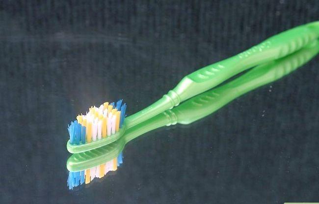 Titel afbeelding Stop Sensitive Teeth Pain Step 5