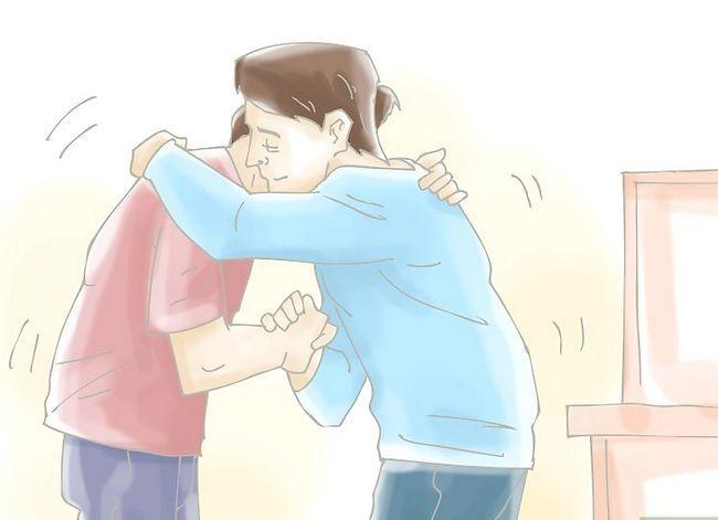 Titel afbeelding Make a Guy Stop met boos zijn op je na een gevecht Stap 6.jpeg