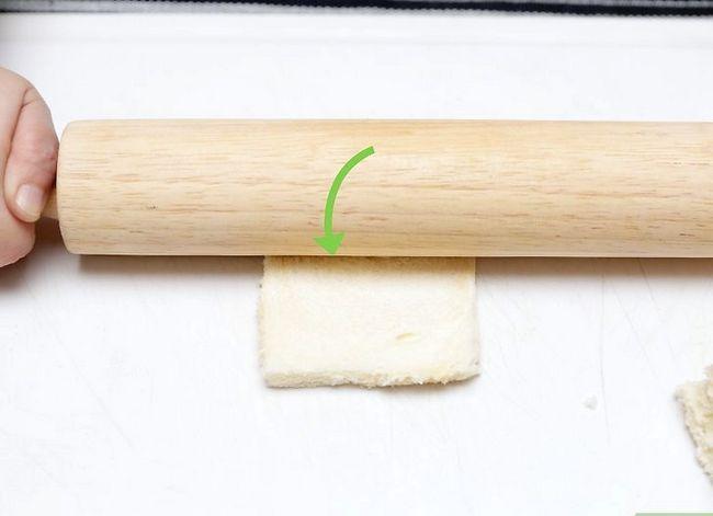 Titel afbeelding Make Pinwheel Sandwiches Step 3