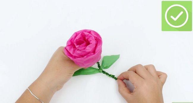 Titel afbeelding Make Tissue Paper Roses Step 16