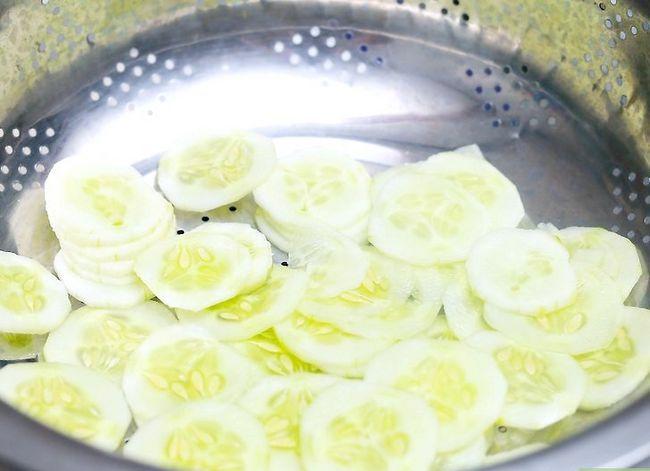 Titel afbeelding Make Cucumber Sandwiches Step 2
