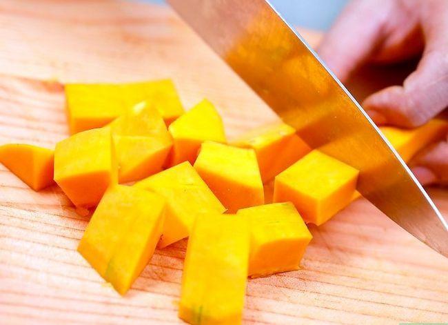 Titel afbeelding Make Butternut Squash Soup Step 1