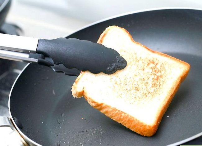 Titel afbeelding Cook Fried Bread Step 6