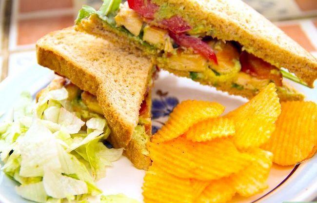 Titel afbeelding Make a Grilled Chicken Club Sandwich Intro