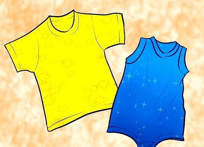 Hoe maak je een romper voor je baby met een t-shirt