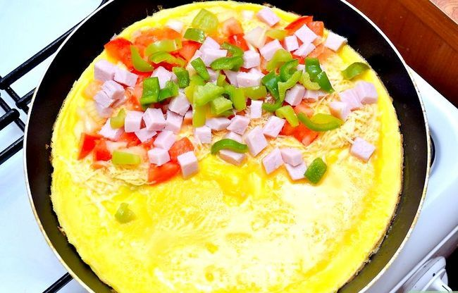 Titel afbeelding Cook a Western Omelet Step 6
