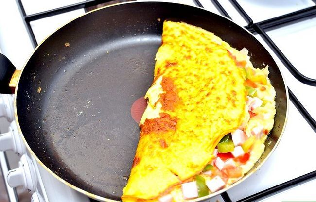 Titel afbeelding Cook a Western Omelet Step 7
