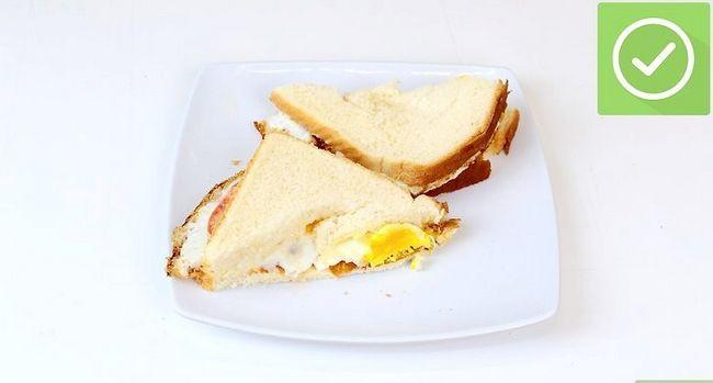 Titel afbeelding Make a Fried Egg Sandwich Step 6