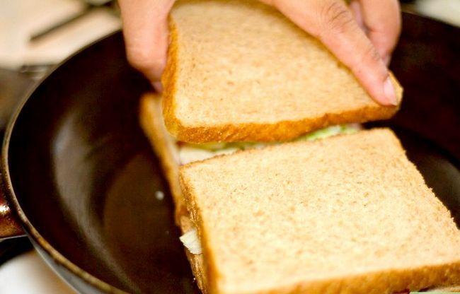 Titel afbeelding Create a Hot Pastrami Sandwich Step 5