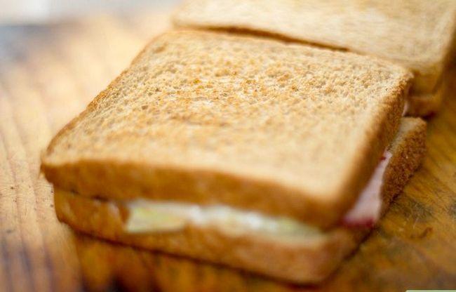 Titel afbeelding Create a Hot Pastrami Sandwich Step 7