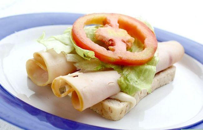Titel afbeelding Make a Chicken Sandwich Step 4