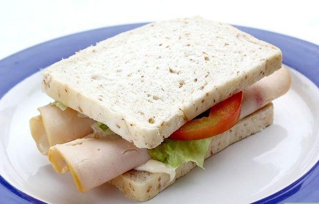 Titel afbeelding Make a Chicken Sandwich Step 5