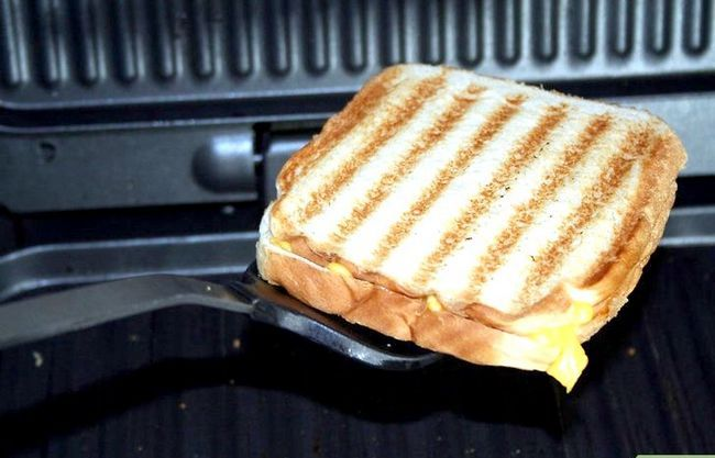 Titel afbeelding Make a grilled cheese sandwich in a George foreman grill 0 Stap 5