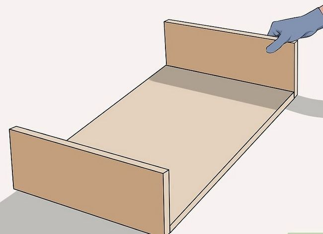 Titel afbeelding Make a Worm Bed Step 5