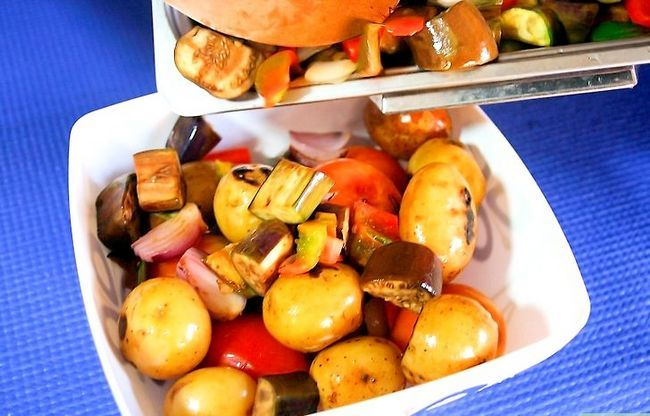 Titel afbeelding Make a Roasted Vegetable Salad Step 6