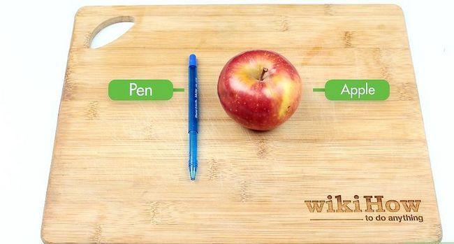 Titel afbeelding Make an Apple Pipe Step 1