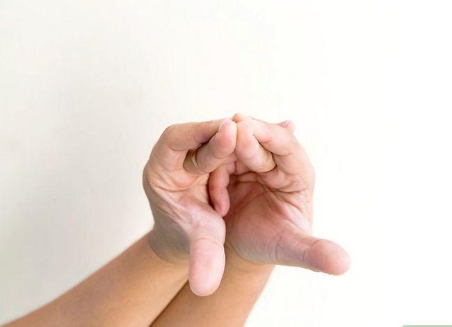 Titel afbeelding Do a Snake Hand Trick Step 8