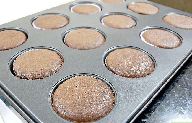 Titel afbeelding Make Wicked Cupcakes Step 7