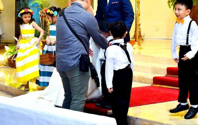 Titel afbeelding Include Stepchildren in a Wedding Step 1