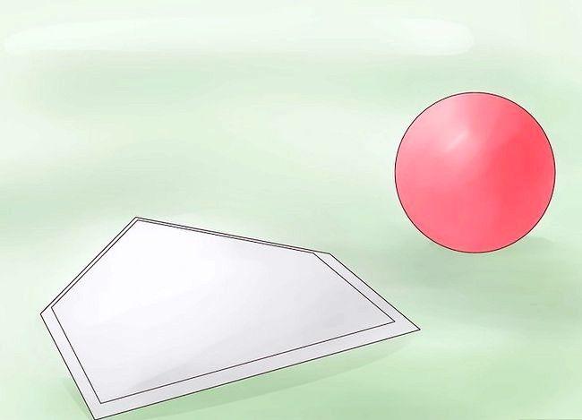 Titel afbeelding Play Kickball Step 1