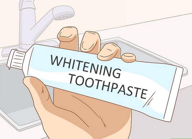 Titel afbeelding Get Rid of Yellow Teeth Step 6