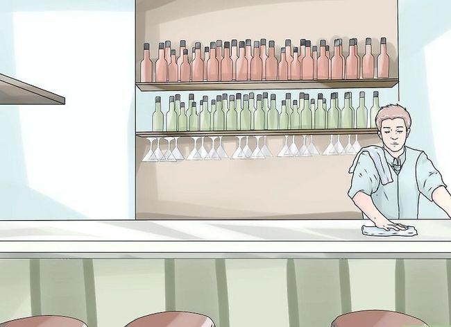 Titel afbeelding Make More Tips as Bartender Step 1