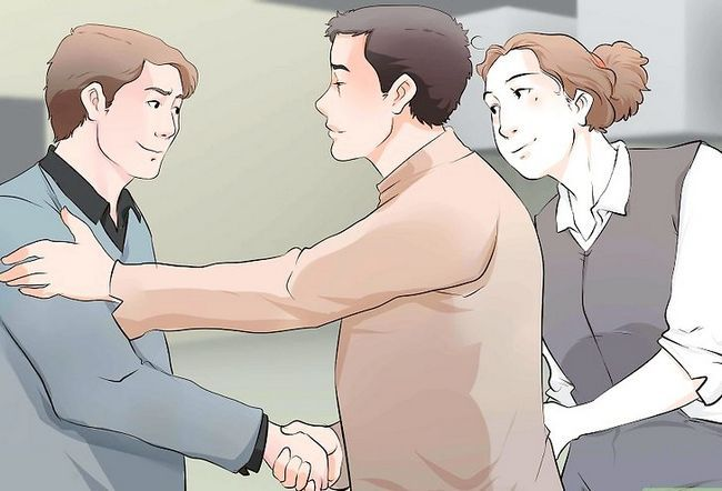 Titel afbeelding Ask Your Girlfriend`s Parents For Their Daughter`s Hand in Marriage Step 10