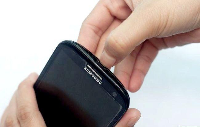 Titel afbeelding Put a SIM Card in de Samsung Galaxy S3 Stap 2