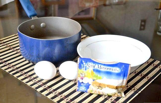 Titel afbeelding Make Egg Mayonaise Step 1