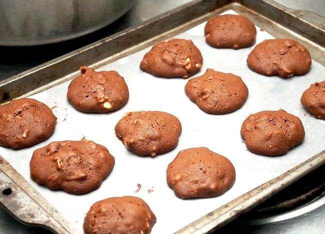 Titel afbeelding Make Chocolate Drop Cookies Step 11
