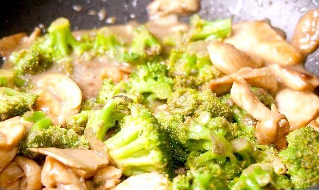 Titel afbeelding Make Stir Fried Chicken and Broccoli Step 6