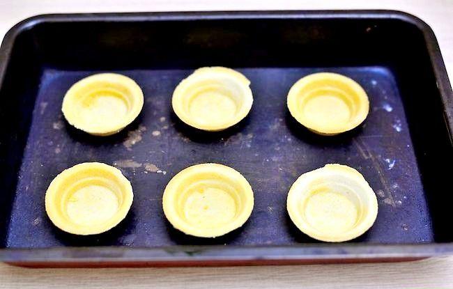 Titel afbeelding Make Sweet Rhubarb Compote Tarts Step 5
