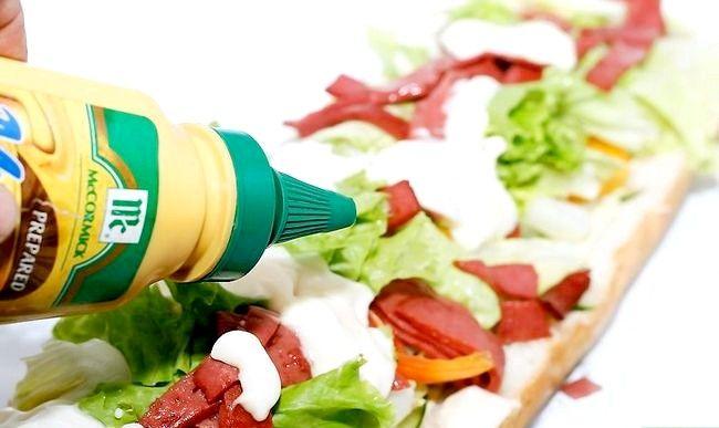 Titel afbeelding Make a Sub Sandwich Step 13