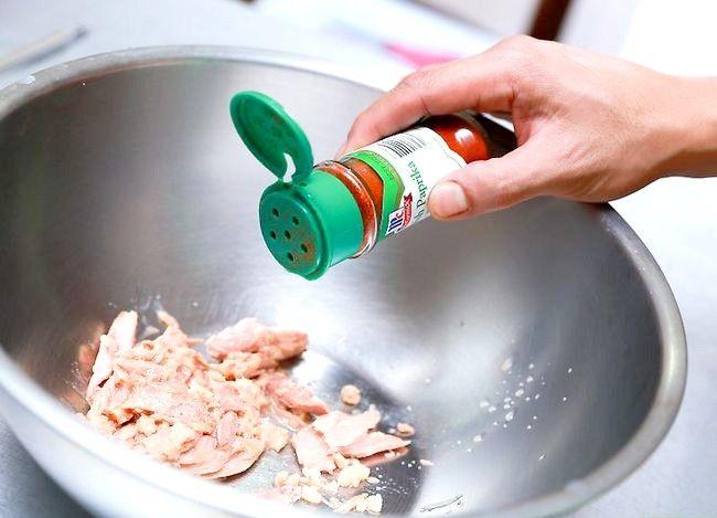 Titel afbeelding Make a Tuna Egg Omelet Step 10