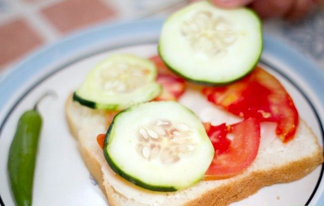 Titel afbeelding Make a Vegetable and Cheese Sandwich Step 3